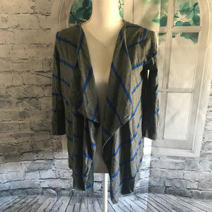 American Eagle Outfitters  Cardigan Sz M (B17)